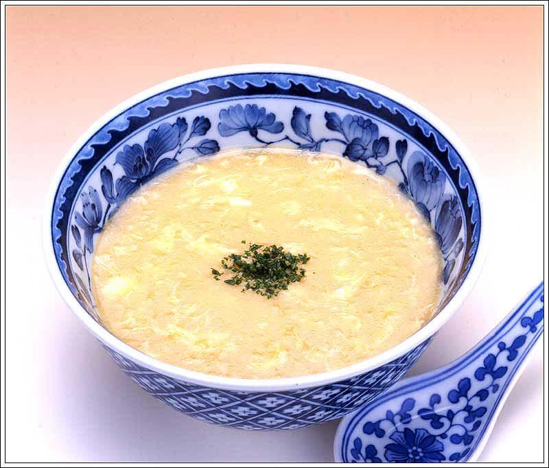 とうもろこしと卵の中華スープ